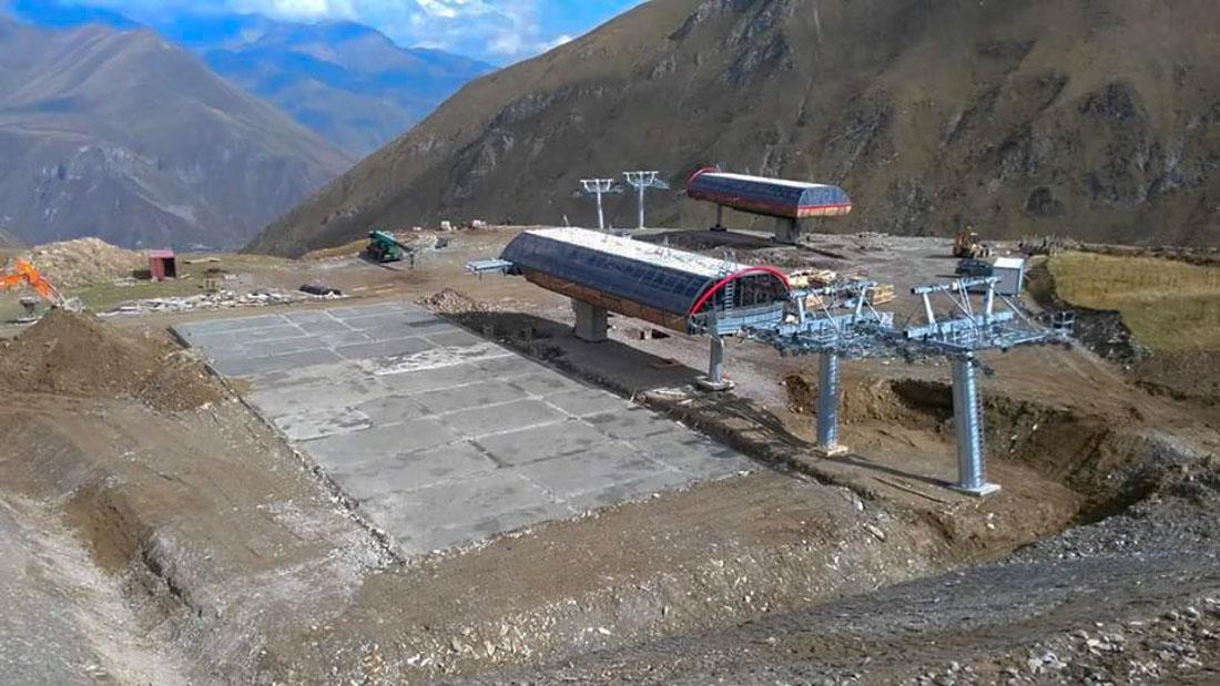 Новая станция в Коби - связывает зону катания Коби и Гудаури