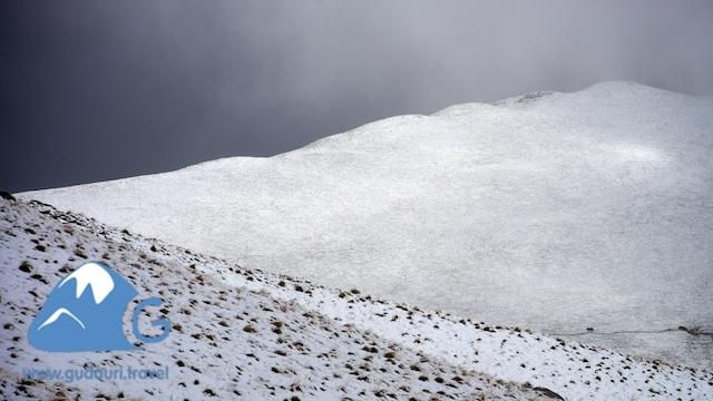 perviy-sneg-gudauri021.jpg